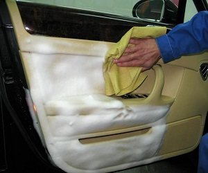 Химчистка автомобильного салона